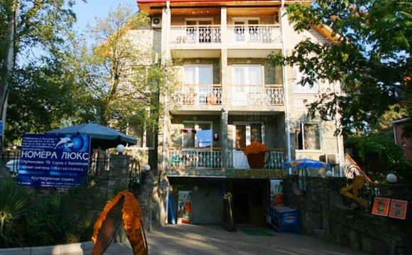 Лазурная 5 мини-гостиница в