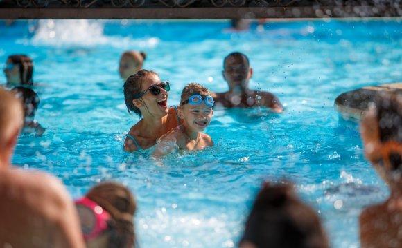 Отдых с детьми с бассейном в